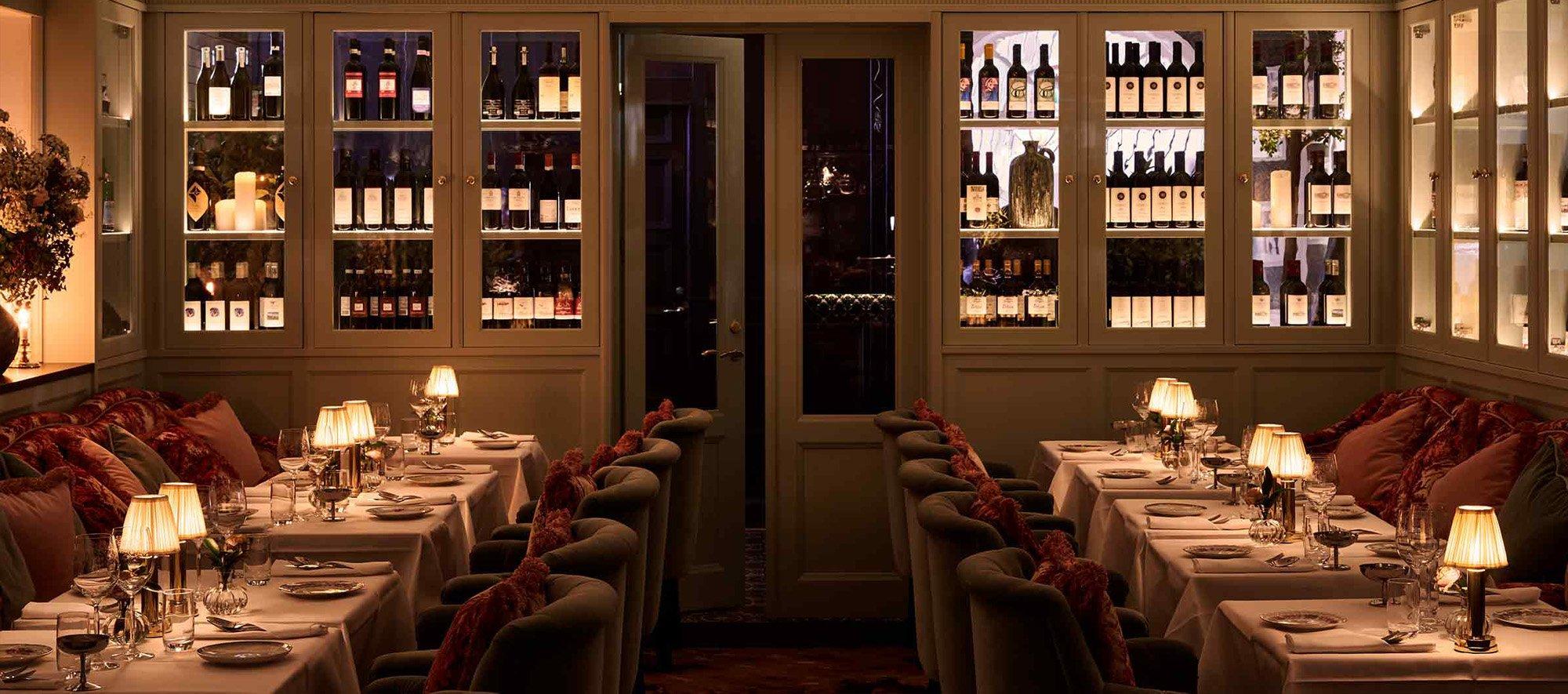 Victoria-Restaurant-Brass
