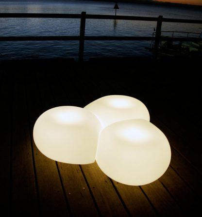 Aura-Night-White