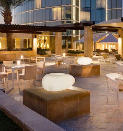 Aura-Lounge-White